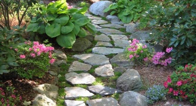 diy-outdoor-decorating-ideas-garden-paths
